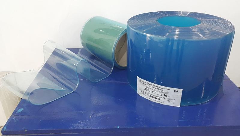 cuộn màn nhưa PVC